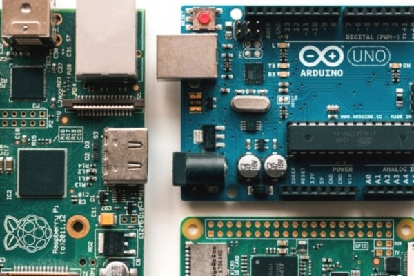 Arduino vs Raspberry Pi | How to choose?